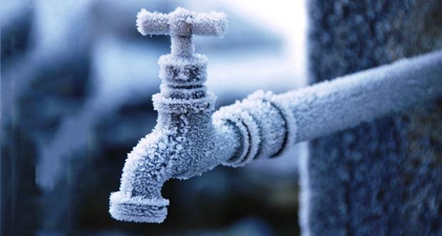 Bildunterschrift: Frostschäden an Wasserleitungen lassen sich einfach vermeiden.