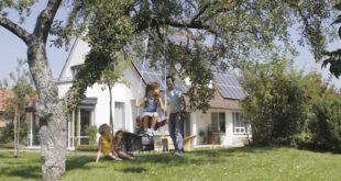 Wohn-Riester lohnt sich: Eine Familie mit zwei Kindern kann von staatlichen Förderungen bis zu 1.084 Euro jährlich profitieren. (Bild: Bausparkasse Schwäbisch Hall)