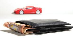 Autokäufer aufgepasst: Autokreditzinsen auf Tiefpunkt